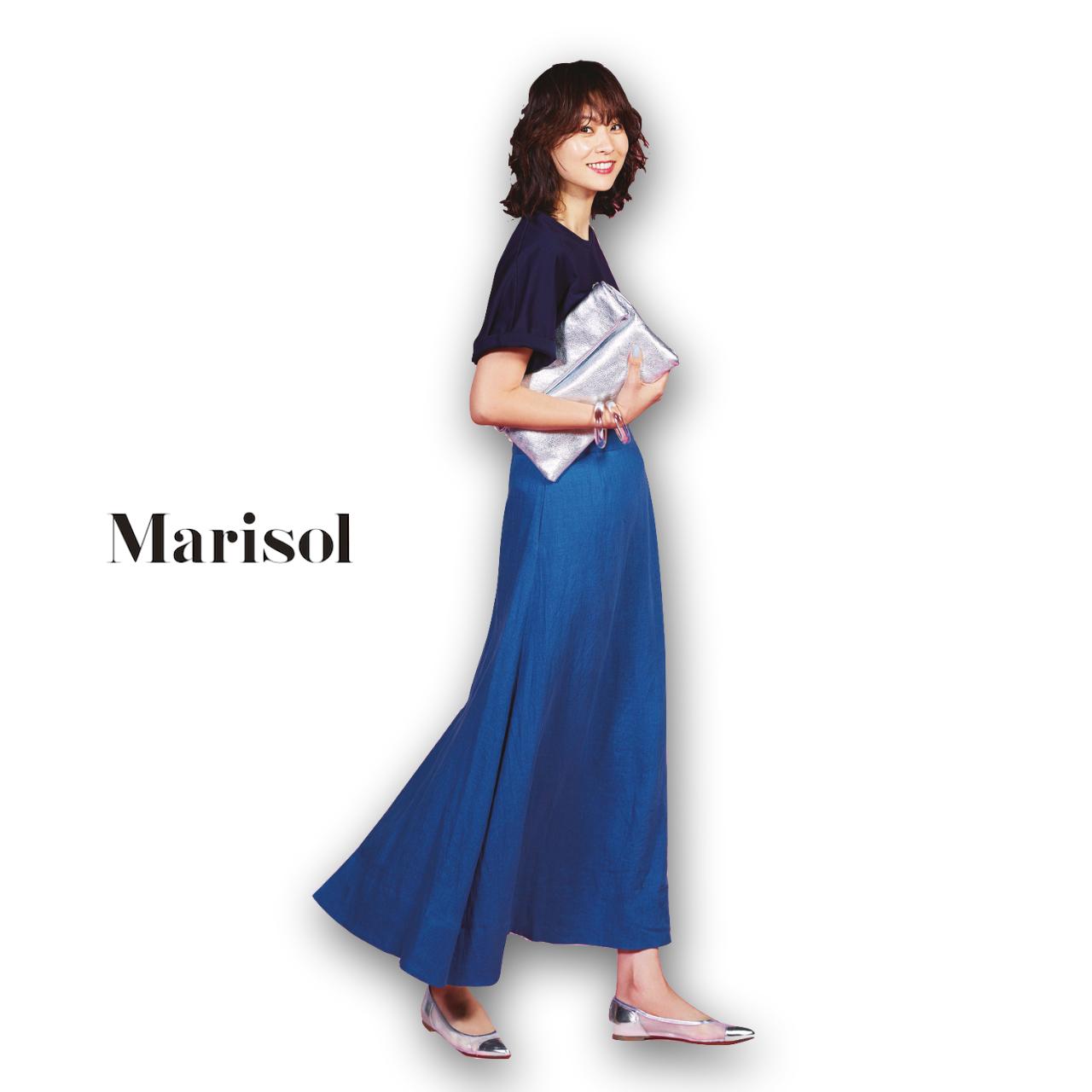 40代ファッション Tシャツ×マキシスカートコーデ