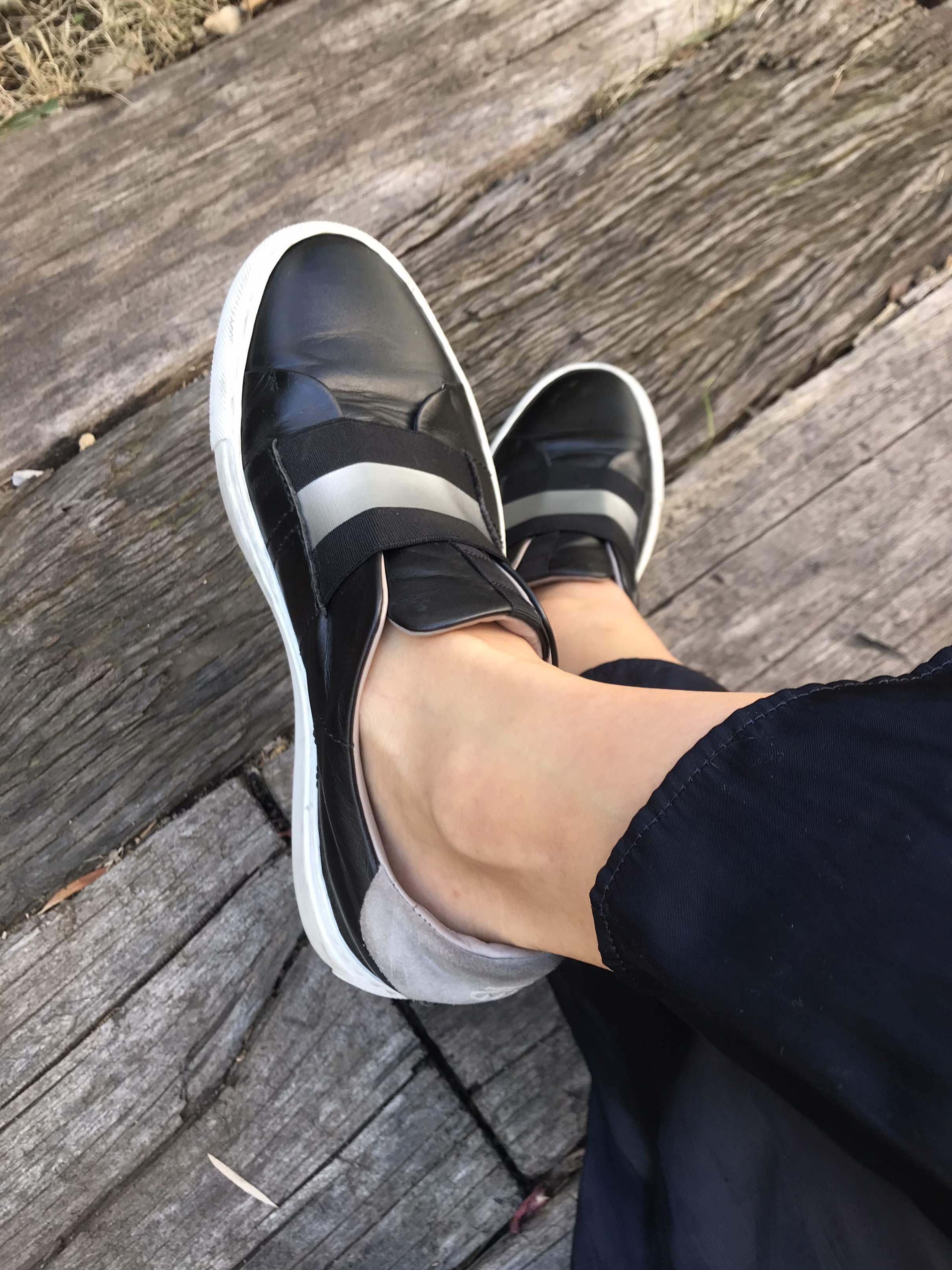 カジュアルにも綺麗目にも、楽でいい靴。_1_2