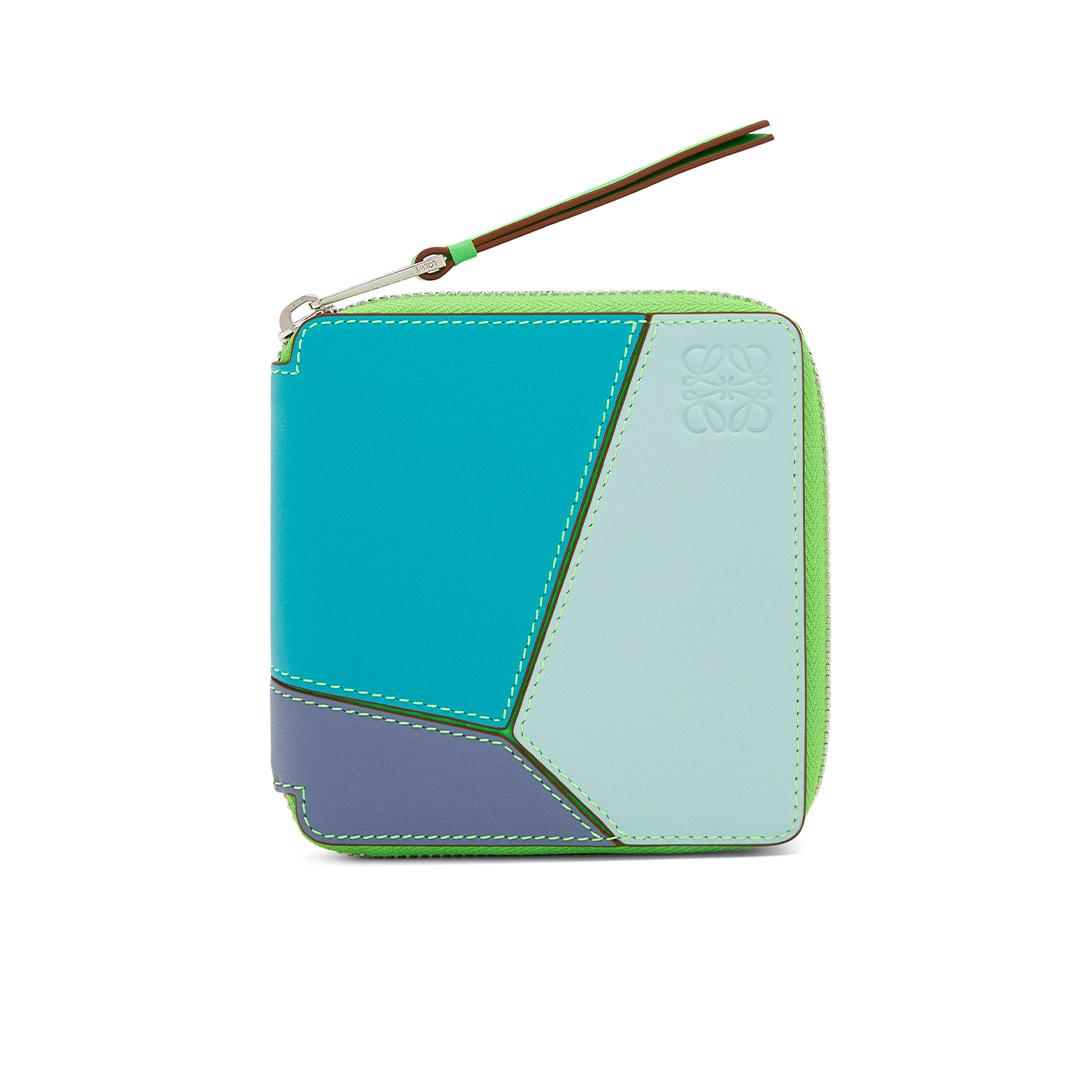 二つ折り財布「パズル スクエア ジップ」¥70000/ロエベ ジャパン クライアントサービス(ロエベ)