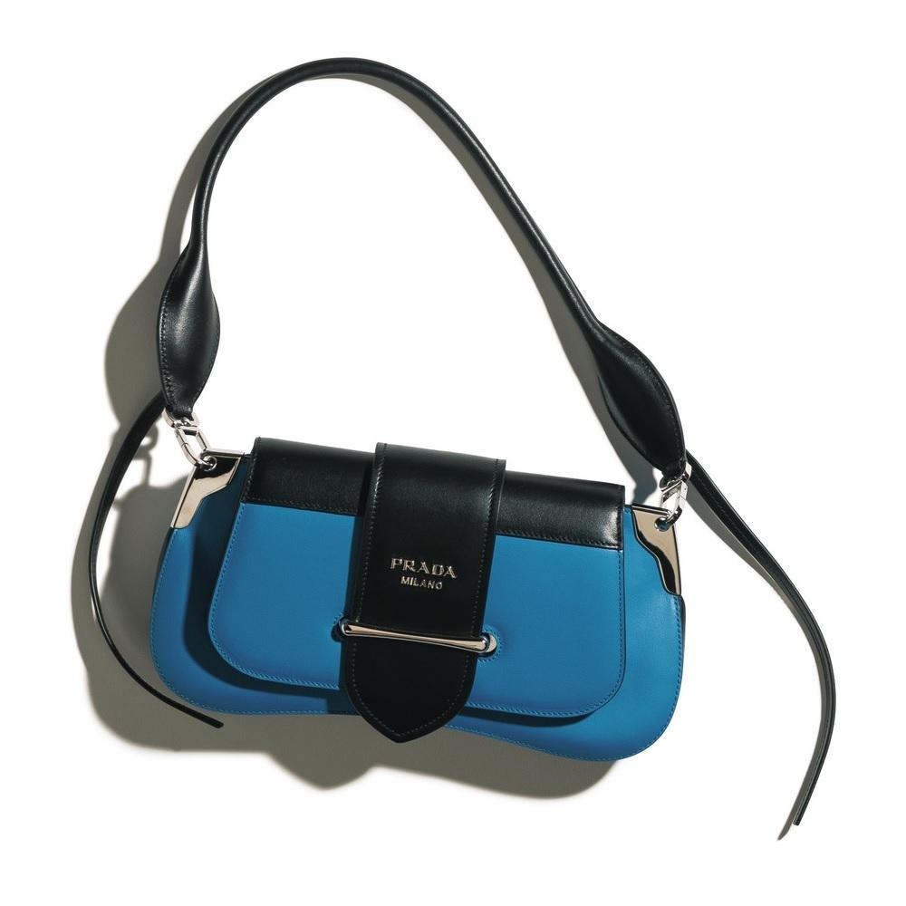 ファッション プラダのバッグ