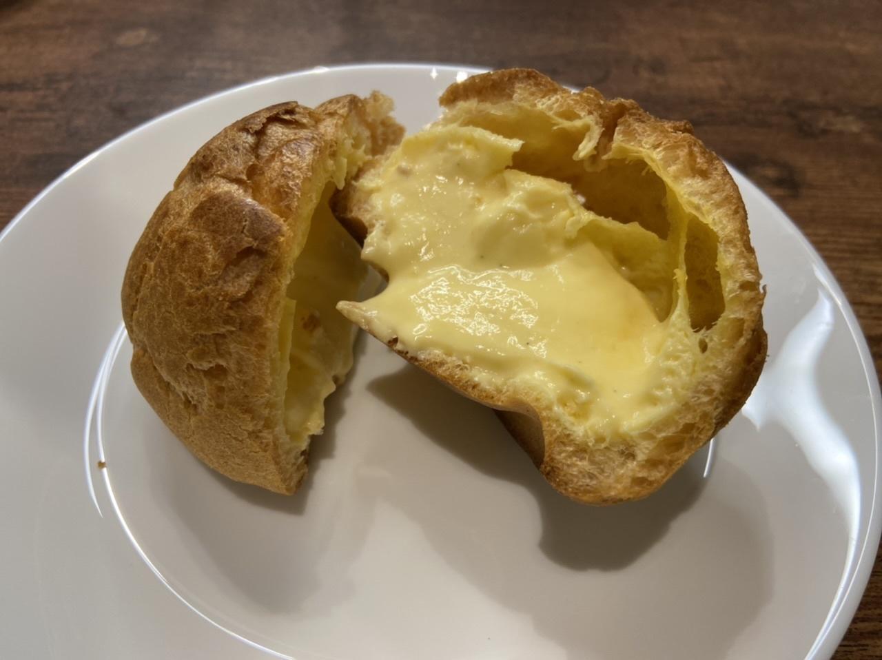 コンビニ3社 シュークリーム食べ比べ_1_5