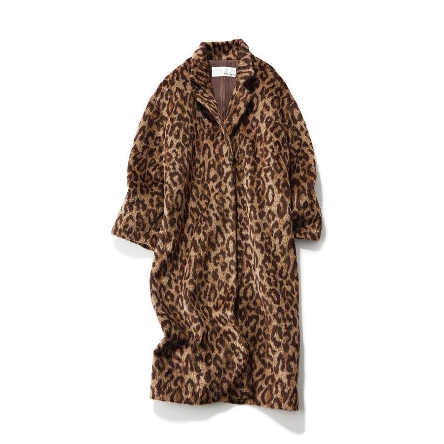 ウィム ガゼットのレオパード柄コート