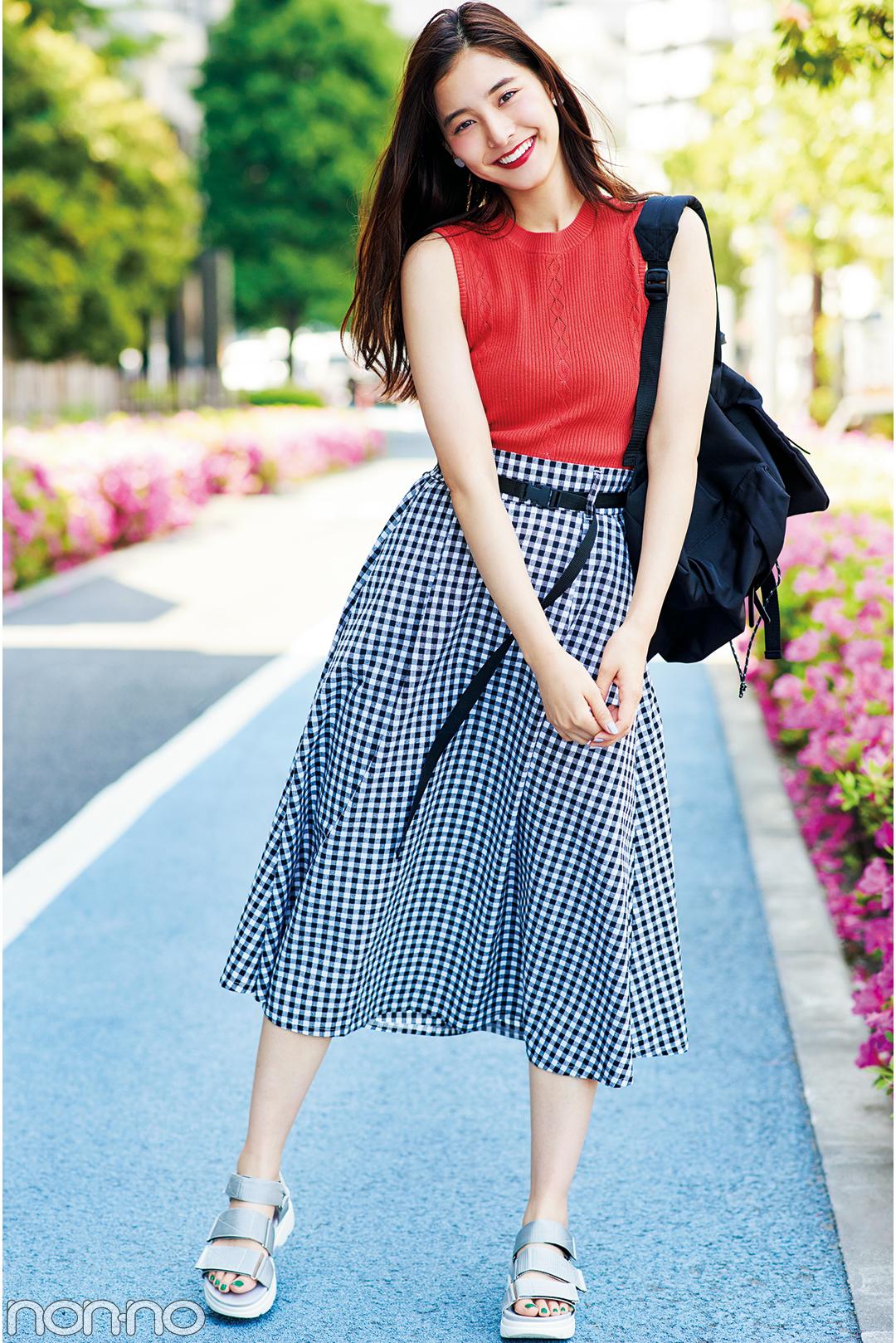 一緒にいて楽しそうキャラ♡ 新木優子は赤のノースリニットをこう着回す!_1_3