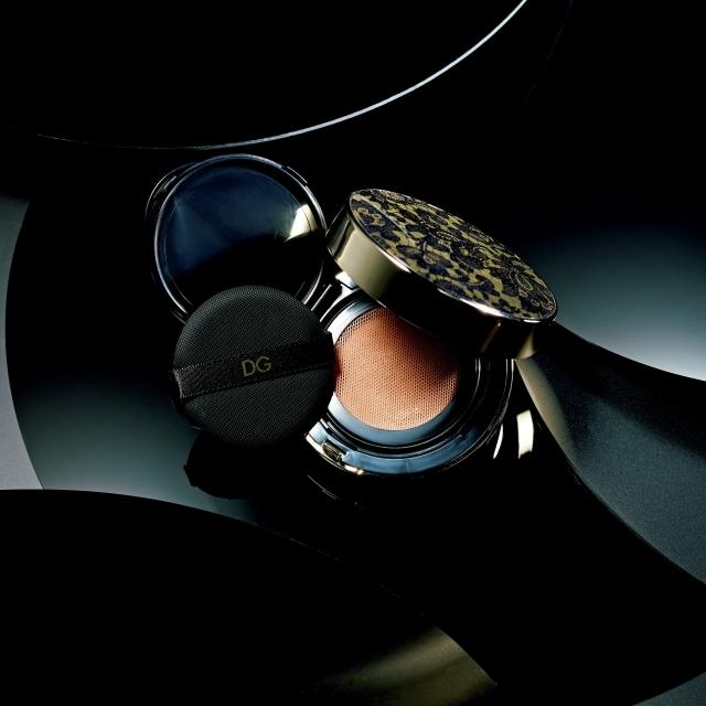 ドルチェ&ガッバーナ プレシャスキン パーフェクトフィニッシュ クッションファンデーション SPF30・PA+++ 全4色 各 ¥8,500/ドルチェ&ガッバーナ ビューティ
