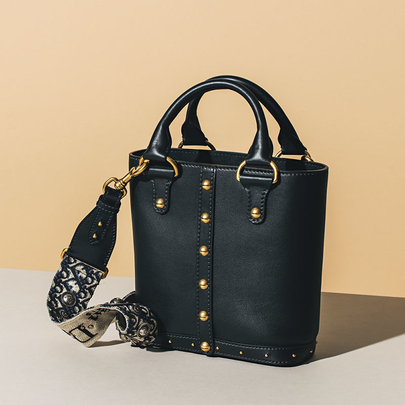 """シックな色合いのバッグをお探しのあなたへ。この秋のトップメゾン""""イットバッグ""""_1_1-2"""