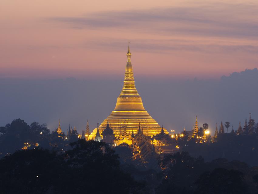 <ミャンマーの旅>シュエダゴン パゴダの夜景が素晴らしい、チャトリウムホテル(ヤンゴン②)_1_1