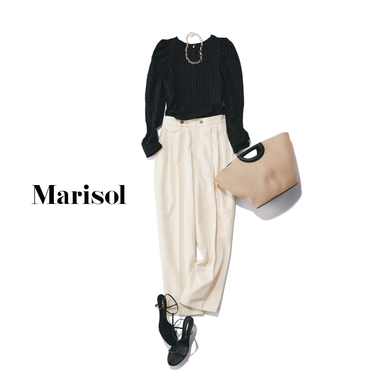 40代ファッション  黒ブラウス×白パンツコーデ