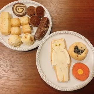 エミズクッキーの猫のアイシングクッキーとそのほかのクッキー