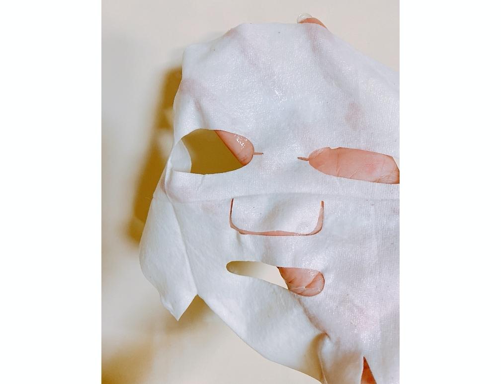 RUHAKUの新製品の月桃エンリッチクリーミーシートマスクは大きめサイズ