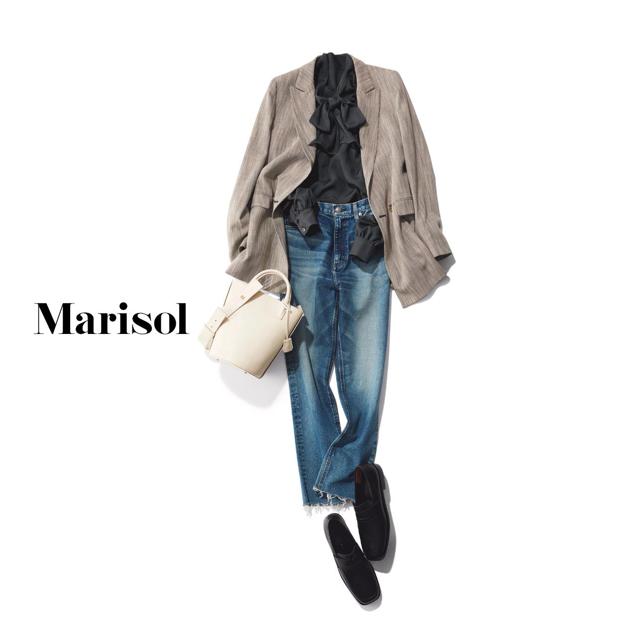 40代ファッション ジャケット×ブラウス×デニムパンツコーデ