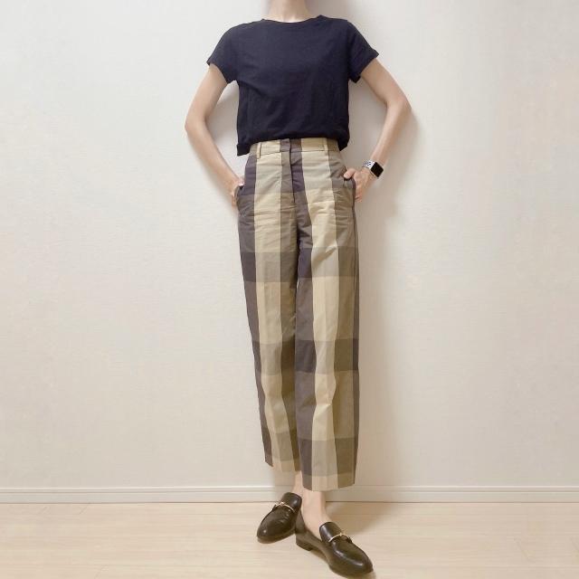 【H&M】やっと出会えた! オフィスOKの理想のTシャツ【40代のスタイルアップコーデ #9】_1_2