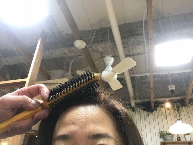 髪の薄毛対策!!分け目を変えてボリュームUP!!_1_3