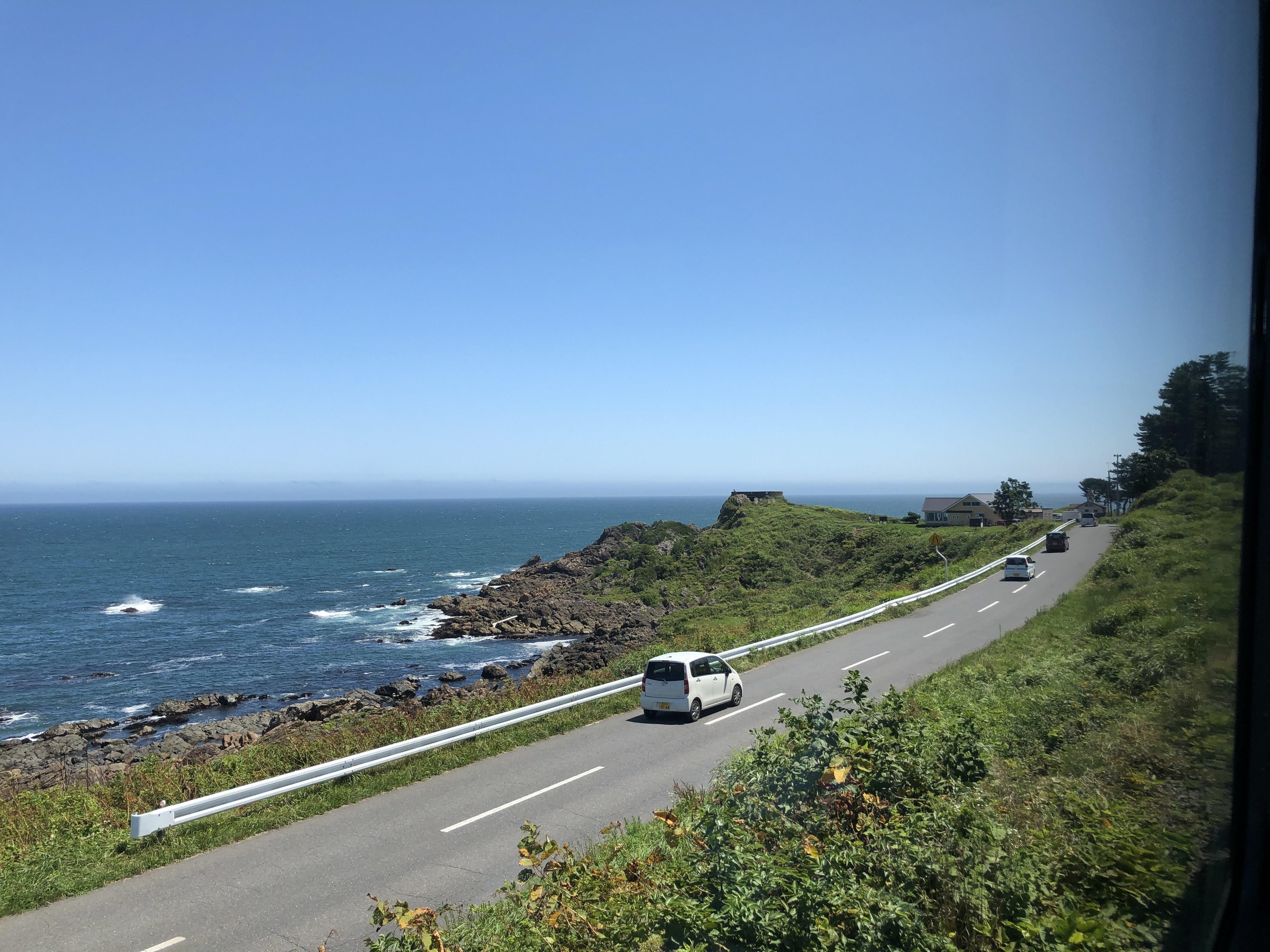 TOHOKU EMOTION に乗って太平洋を眺める_1_2