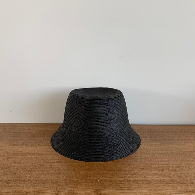 夏、「黒のパンツ」って履きますか?【エディター伊藤真知の「プチプラ」は40代からがもっと楽しい!#02】_1_9-1