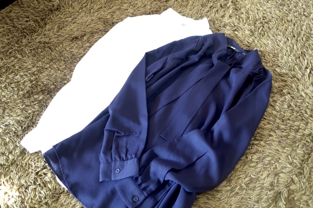 リアルに週5で着ているユニクロのボウタイブラウスが超優秀!_1_2