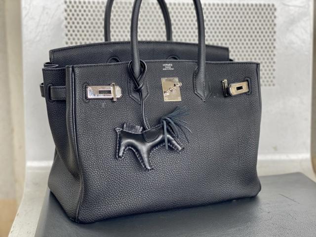 チャーム使いでエルメスのバッグをもっと楽しく、自分らしく。_1_4
