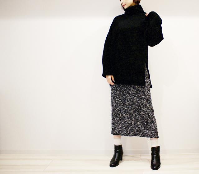 ZARAのツイードタイトスカートでモノトーン大人カジュアルコーデ_1_2