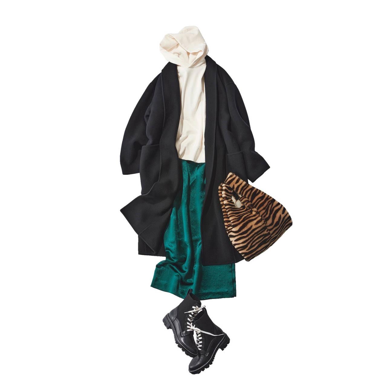 ■フーディ×コート×サテンスカートコーデ