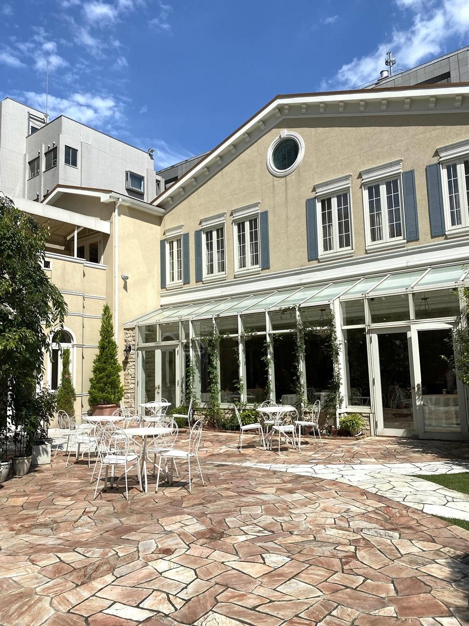 ソンブルイユ中庭①
