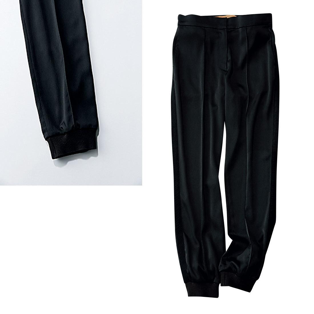 究極の 「美脚黒パンツ」2_6