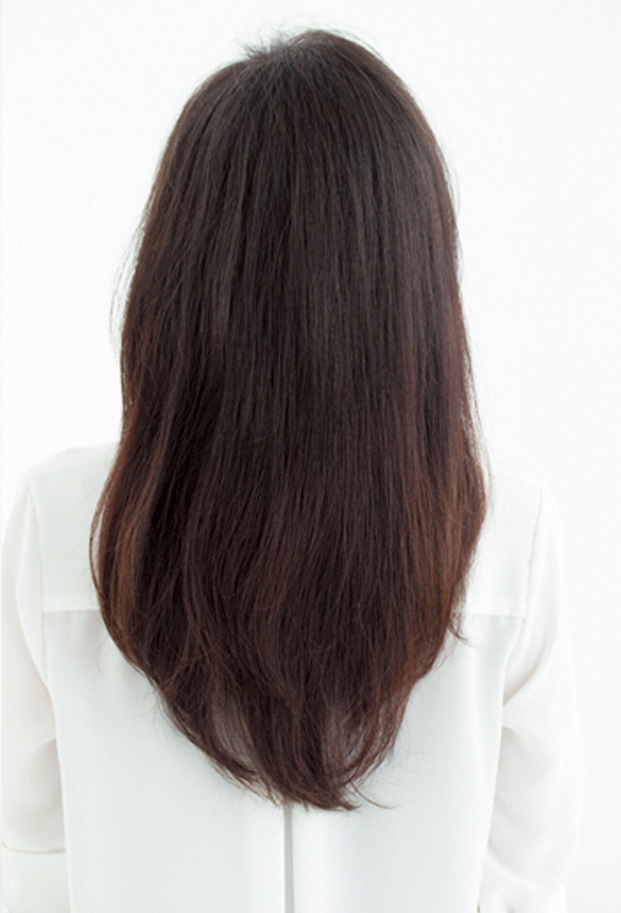 硬い髪質、ゴワつく髪もしっとり柔らかく。ツヤめく前下がりロングヘア【40代のロングヘア】_1_3