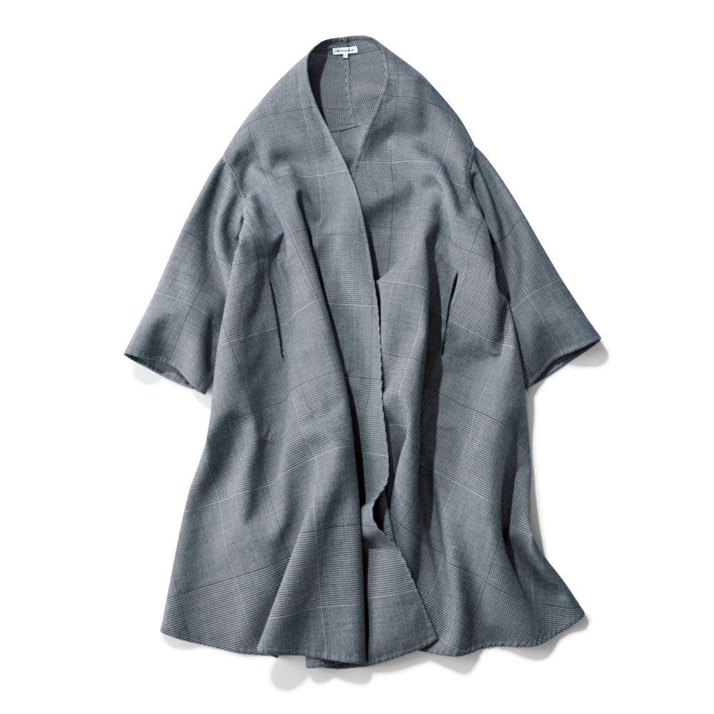 マディソンブルーのチェック柄コート