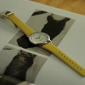 アニエスベーの時計に30周年限定モデルが登場★ 人気モデルの復刻版も!
