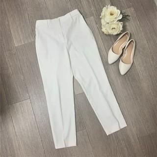 週3は着ている・使える!PLSTの白パンツ