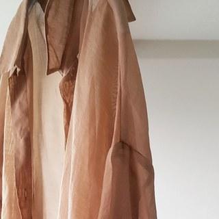 アラフォーが着るシアー素材。私は色で選ぶ!