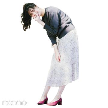 新川優愛はスウェットと花柄ワンピで大好きな甘辛コーデを満喫【毎日コーデ】