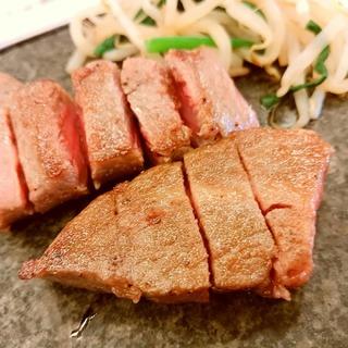 お肉!お肉!お肉!笑