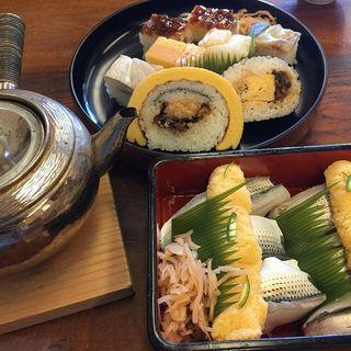 「八竹」の黄味ずしに大満足!