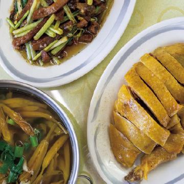 【台湾のローカルフード@谷關】温泉街の客家料理店、手作り餃子、絶品ドリンク
