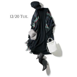 チェック柄のストールをコートのように羽織ってスタイルの主役に
