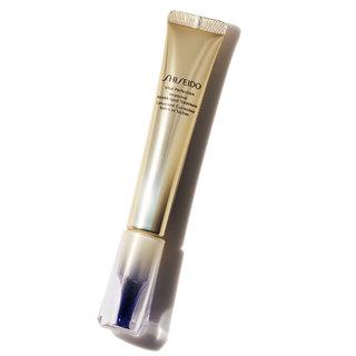 使うほど、滑らか肌に。5つの有効成分を配合した新薬用シワ改善&美白クリーム