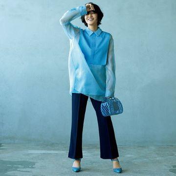 富岡佳子が着る「大人の着映えカラー」