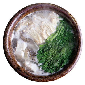 豆板醤のタレでメリハリを! 白身魚と春菊の鍋【絶品鍋レシピ28days】