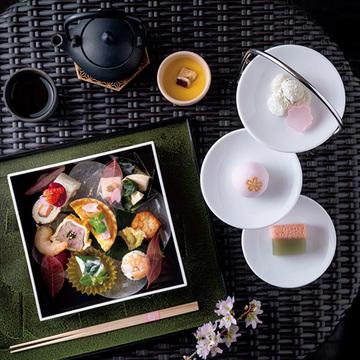 嵐山の絶景桜と美味が楽しめるアフタヌーンティー【「京都」桜にまつわる10の愉しみ】
