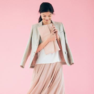 ピンクのスカートで、大人のかわいげを発揮! 五選
