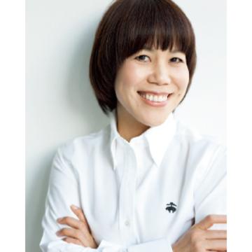 ヘア&メイクアップアーティスト 山本浩未さん