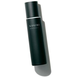 角層のバリア機能の働きに着想を得て誕生。マスク時代の乾燥環境から守ってくれる濃密化粧水