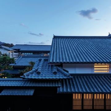穏やかな瀬戸内の小さな街に、新しい表現の日本旅館『Azumi Setoda』がオープン