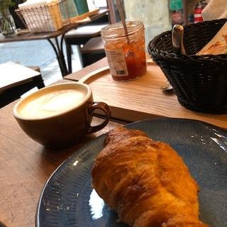 パリの朝食おすすめはこちら!
