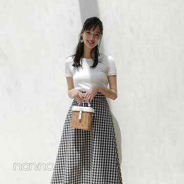 新川優愛が着る白Tなのに上品レディコーデ【毎日コーデ】