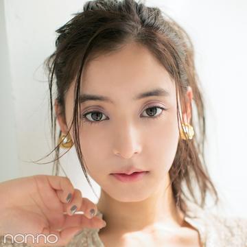 シャネルの夏新色で、優子が大人可愛いの極みに!【新木優子のメイク連載(15)】