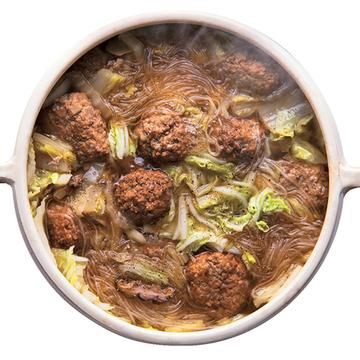 白菜と肉だんごの鍋