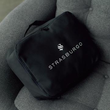 <エクラ10月号特別付録>ストラスブルゴ×エクラが限定コラボ「大人のガーメントバッグ」