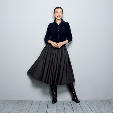 パンツ派にもおすすめ!大人の女性をバランスよく見せるスカートが登場
