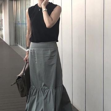 5.パンツ派も夢中になれるスカートはこれ!(近藤和子さん)