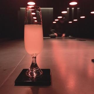 洗練された空間で、「通」な日本酒を。日本酒バー@西麻布